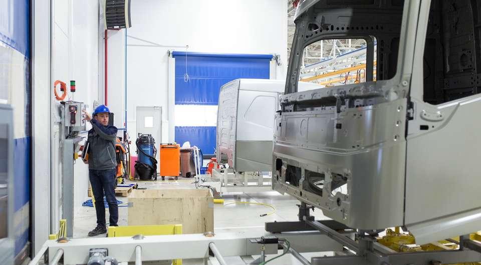 Volvo Trucks. Калуга останавливает производство