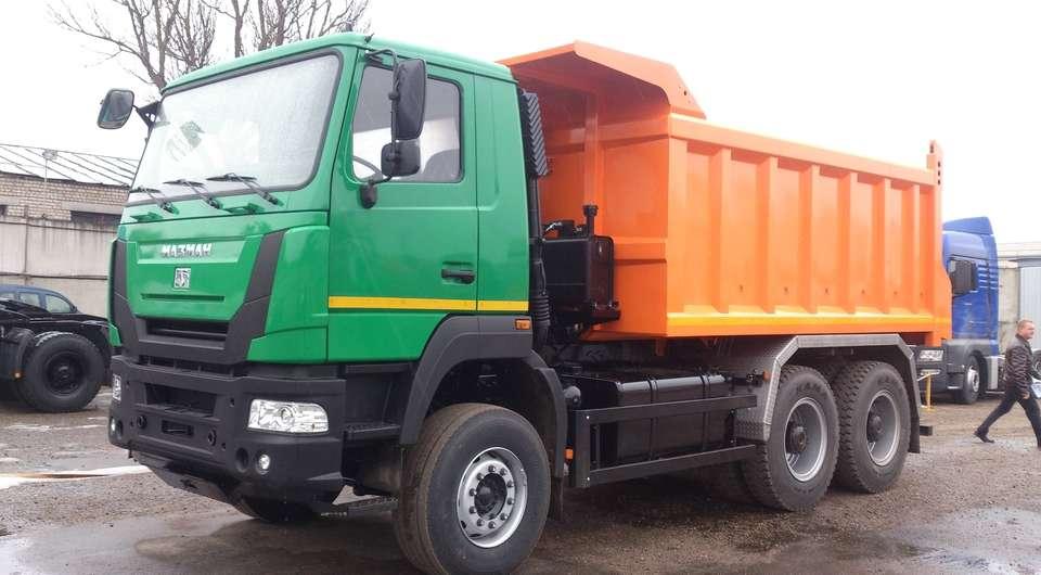 МАЗМАН-752858: три оси и 27 тонн груза