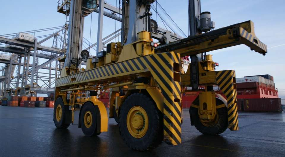 Goodyear для портовой техники