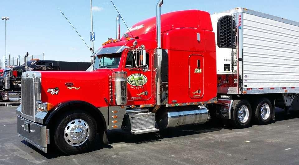 «Чистокровные грузовики» съезжаются в Техас