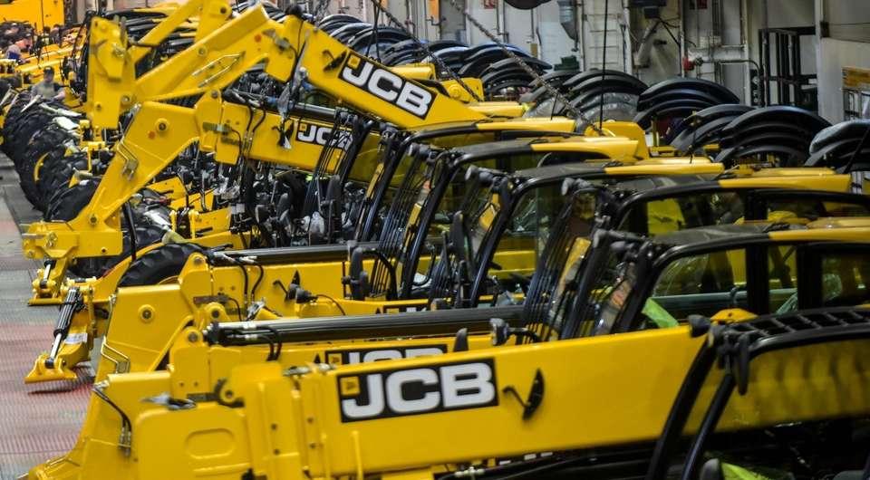 JCB подсчитывает прибыли