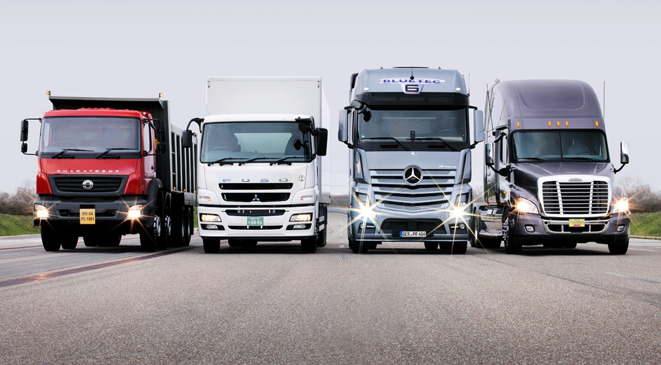 Daimler Trucks. Полумиллионный рубеж взят!