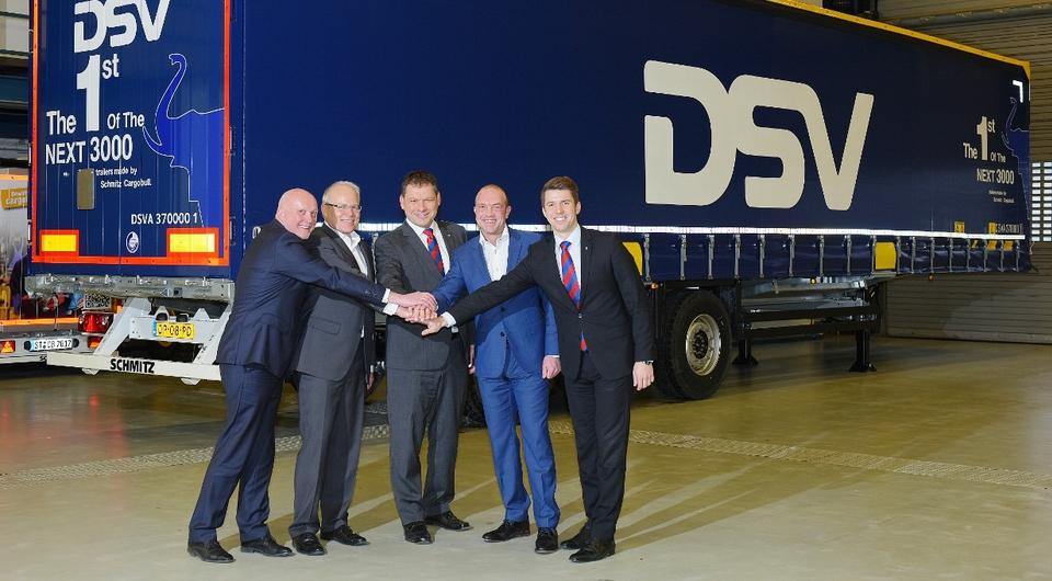 Schmitz Cargobull: крупнейший контракт с DVS
