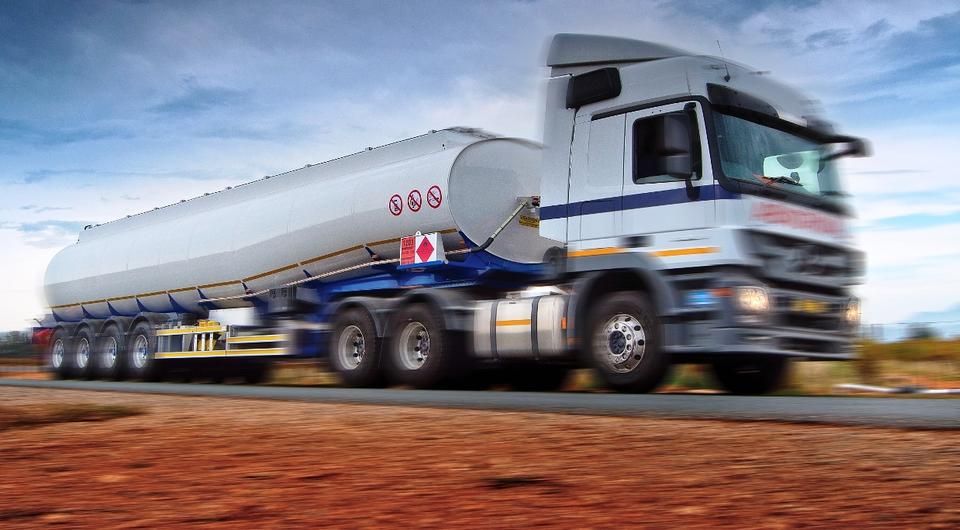 Schmitz Cargobull приобретает 33% акций GRW Holdings