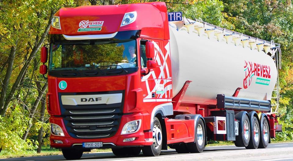 Четыре сотни грузовиков DAF для Révész Group