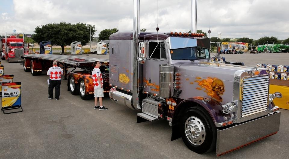 SHELL. Техас. Чистокровные грузовики