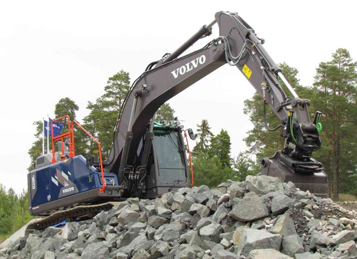 VOLVO DAYS 2015 Volvo CE Volvo Construction Equipment Ocean Race экскаватор