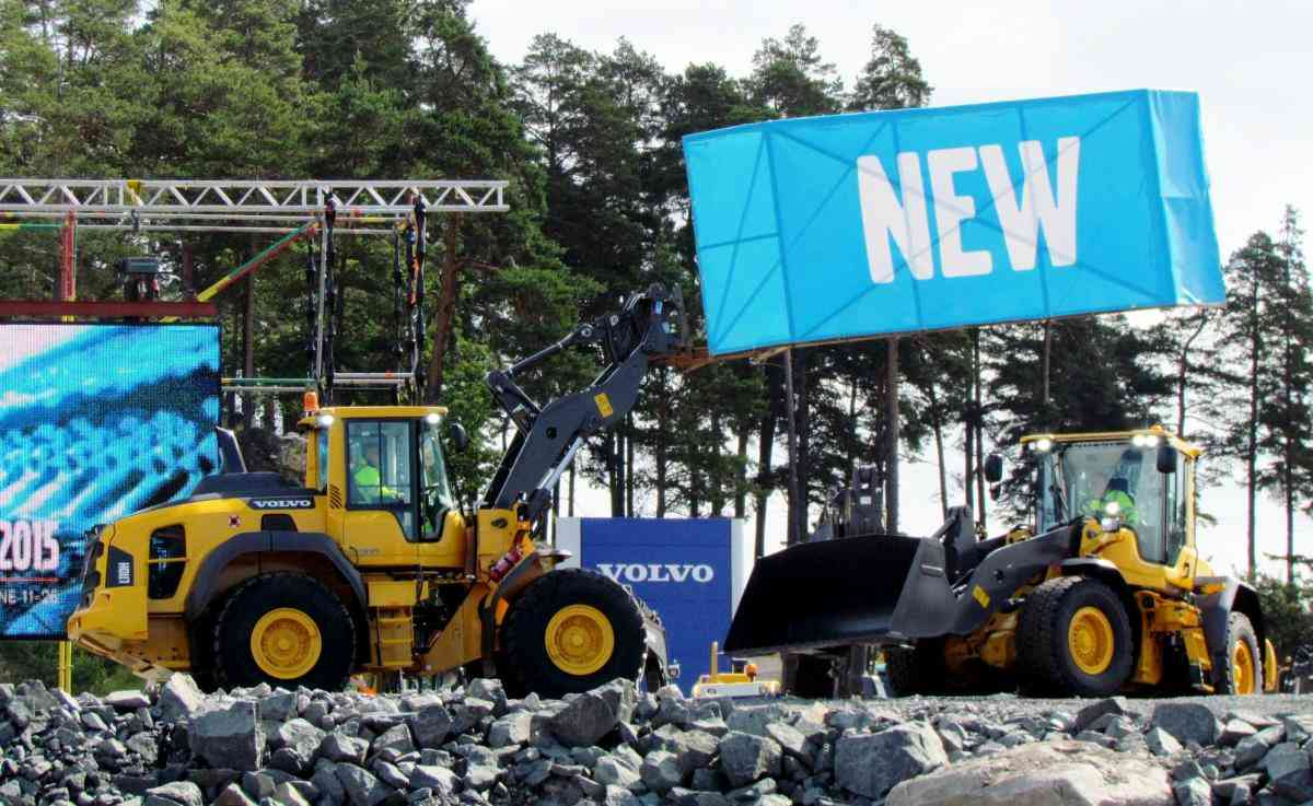 VOLVO DAYS 2015 Volvo CE Volvo Construction Equipment погрузчик экскаватор