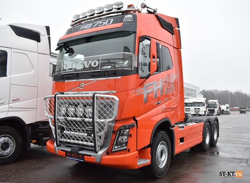 Volvo Trucks Россия, Вольво Тракс, инженер, оригинальный Volvo, новая модификация, грузовик Volvo, шасси Volvo, шасси Вольво, СТ-КТ, магистральный тягач, эксклюзивная серия, особая серия, юбилейная серия, 25 лет