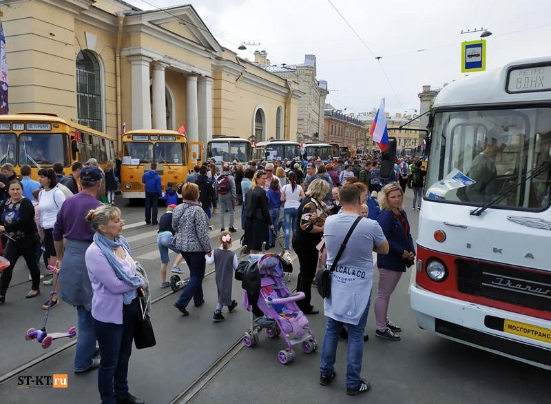 BUSWORLD, SPbTransportFest, автобусная история, автофестиваль, история автобусов, Мир автобусов, музей автобусов, парад автобусов, раритетные автобусы, транспортный фестиваль