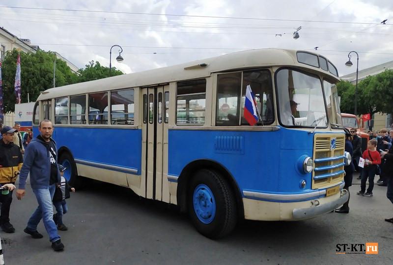 BUSWORLD, SPbTransportFest, автобусная история, автофестиваль, история автобусов, Мир автобусов, музей автобусов, парад автобусов, раритетные автобусы, транспортный фестиваль, советский автобус,  ЗИЛ-158