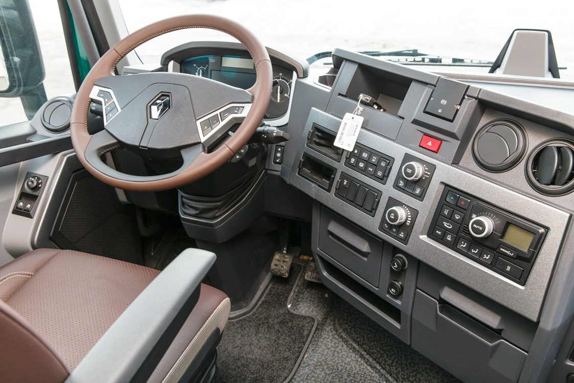 Renault Trucks , Рено Тракс, тягач Рено, T-High Mundial edition, Limited Edition