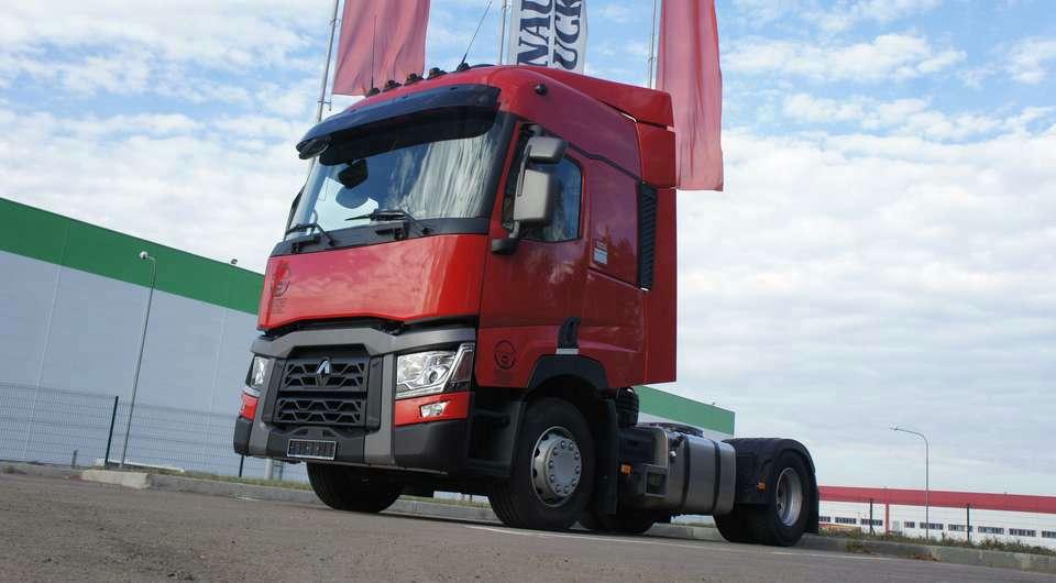 Renault T. Первые поставки в Россию