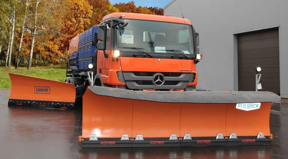 Mercedes-Benz отчистит подмосковные дороги и зимой, и летом