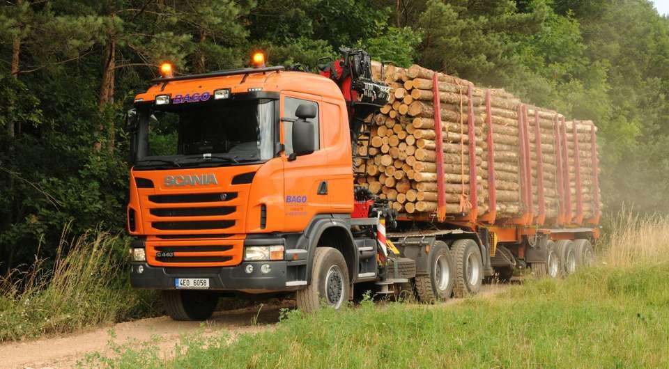 Сортиментовозы Scania для ГК «Титан»