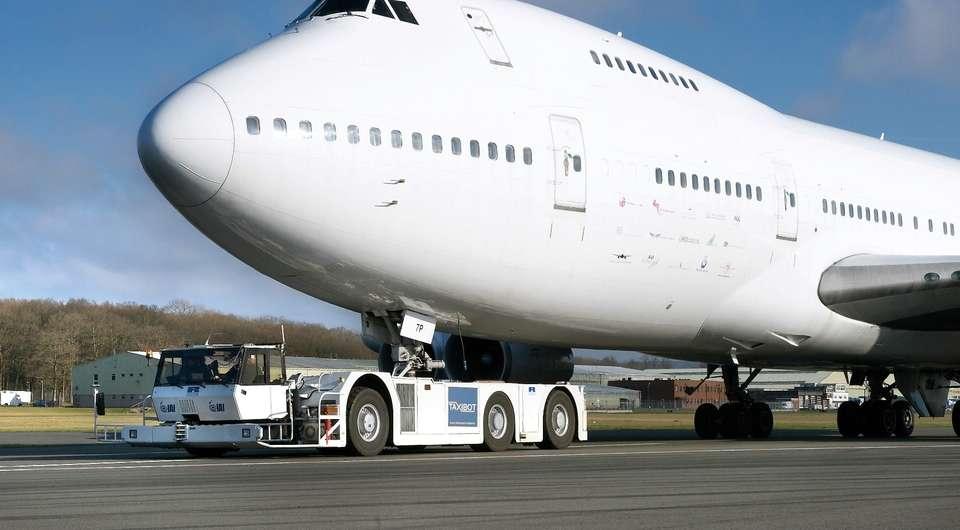 Continental для аэропортовых тягачей