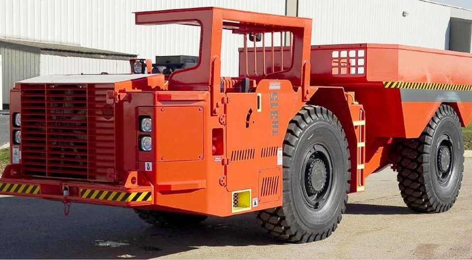 Sandvik модифицирует 15-тонный шахтный самосвал