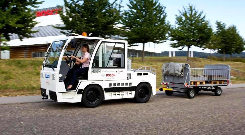 BOSCH: багаж повезет электрический тягач