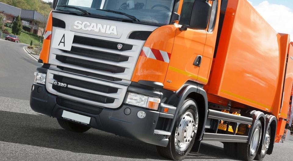 Scania: мусоровоз с краном-манипулятором