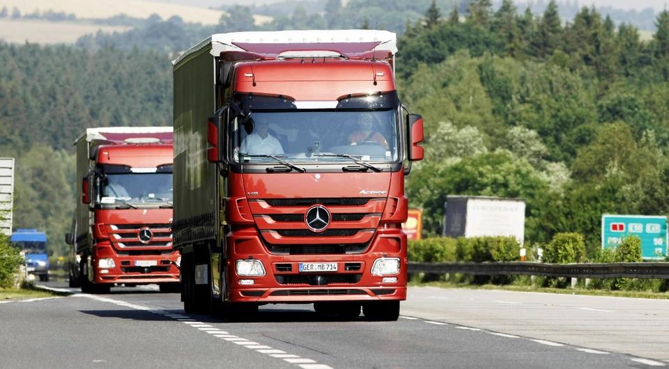 «Карго Лайн» получила сотый Mercedes-Benz Actros