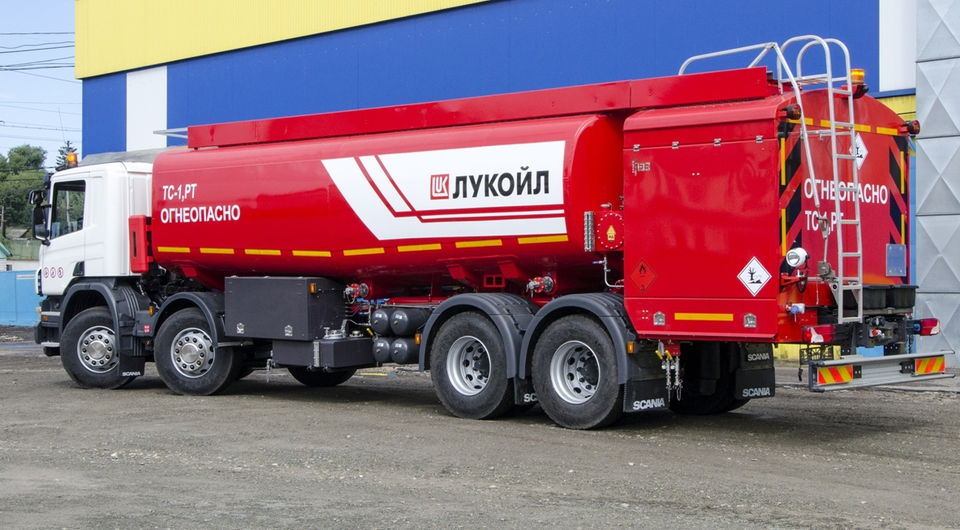 ГРАЗ: аэродромный топливозаправщик по спецзаказу