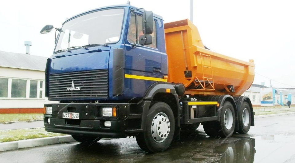 МАЗ-5516W4: конкурент дорожным камазовским самосвалам