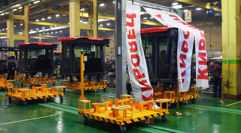Петербургский тракторный: запущен новый конвейер сборки кабин