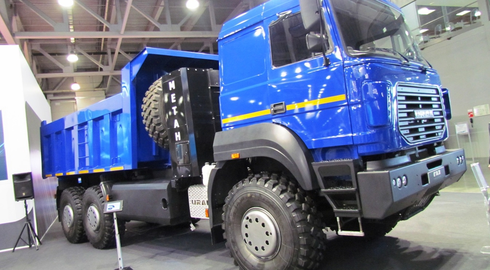Газовый «Урал-6370»: с выставки – в работу