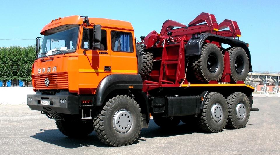 Трубоплетевозы «Урал-6370» для «Силы Сибири»