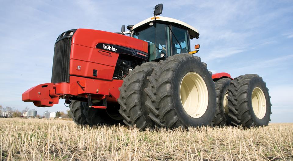 Дизели ТМЗ для канадских тракторов Buhler