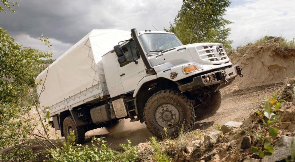 Иорданцев поддержали грузовиками Mercedes-Benz