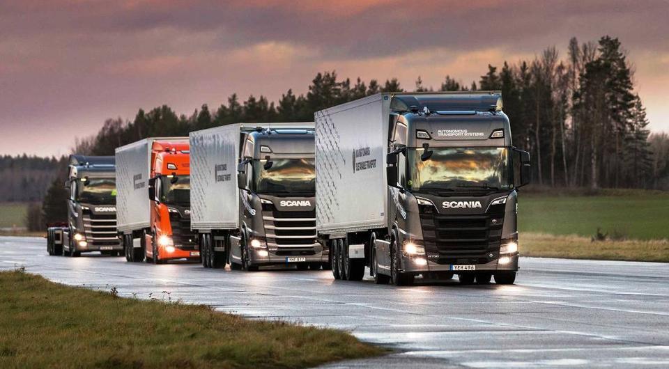 Scania тестирует автопилотируемые колонны