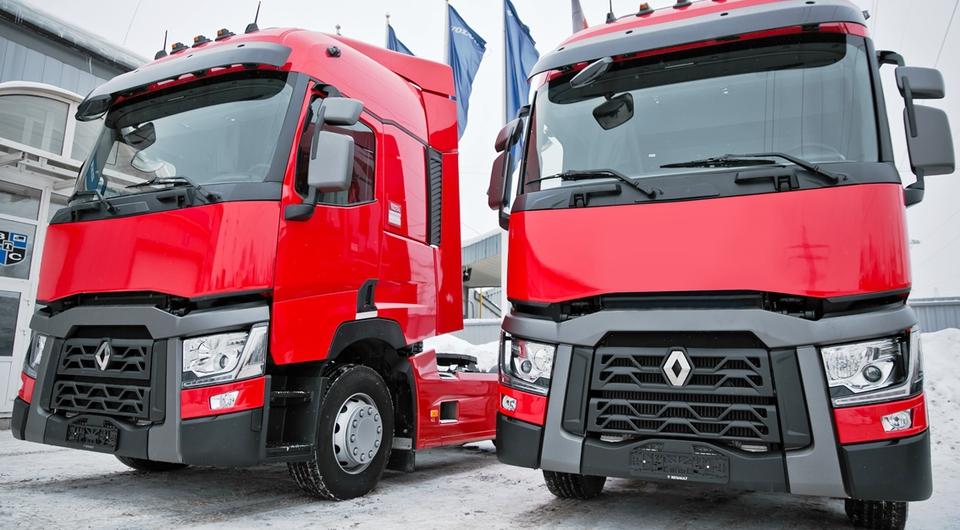 Renault Trucks T 440 развезут по России напитки Coca-Cola