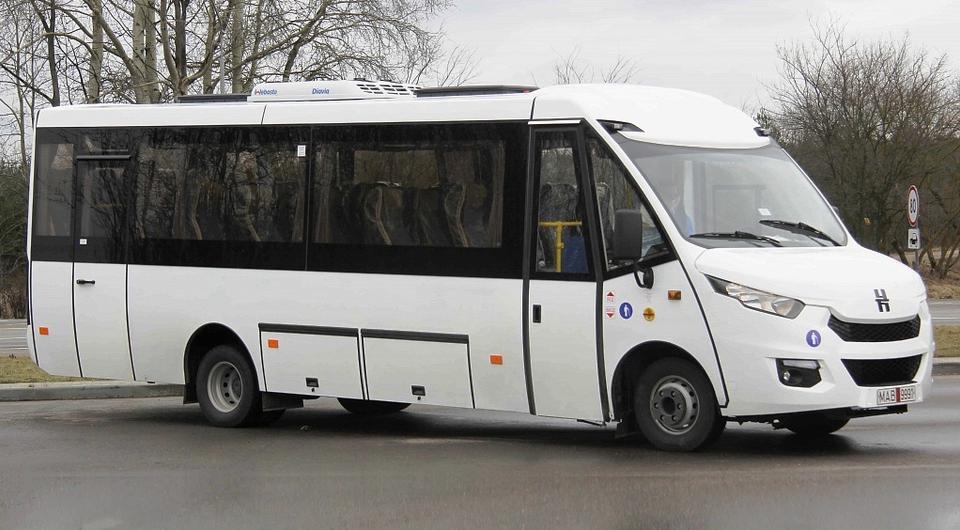 Начаты поставки новых автобусов «Неман»