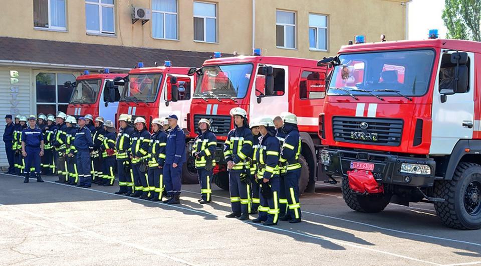 Четыре пожарных КрАЗа для Николаевского гарнизона