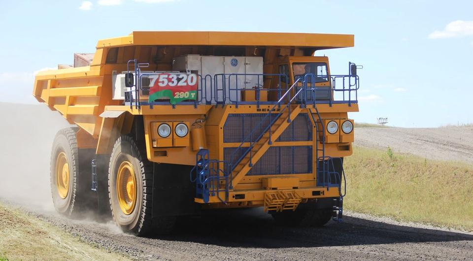 БЕЛАЗ-75320: 290-тонник выходит в свет