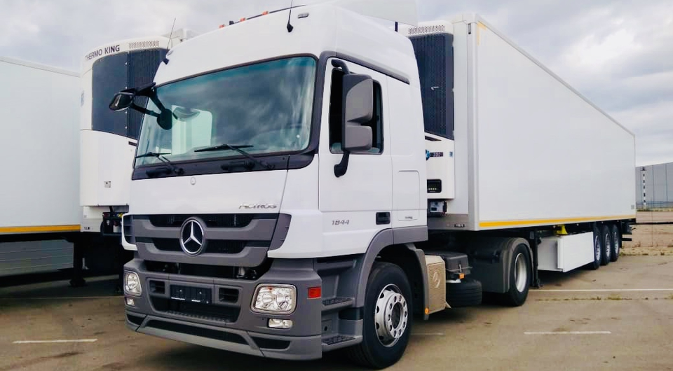 Mercedes-Benz Actros для X5 Retail Group: десять из двухсот
