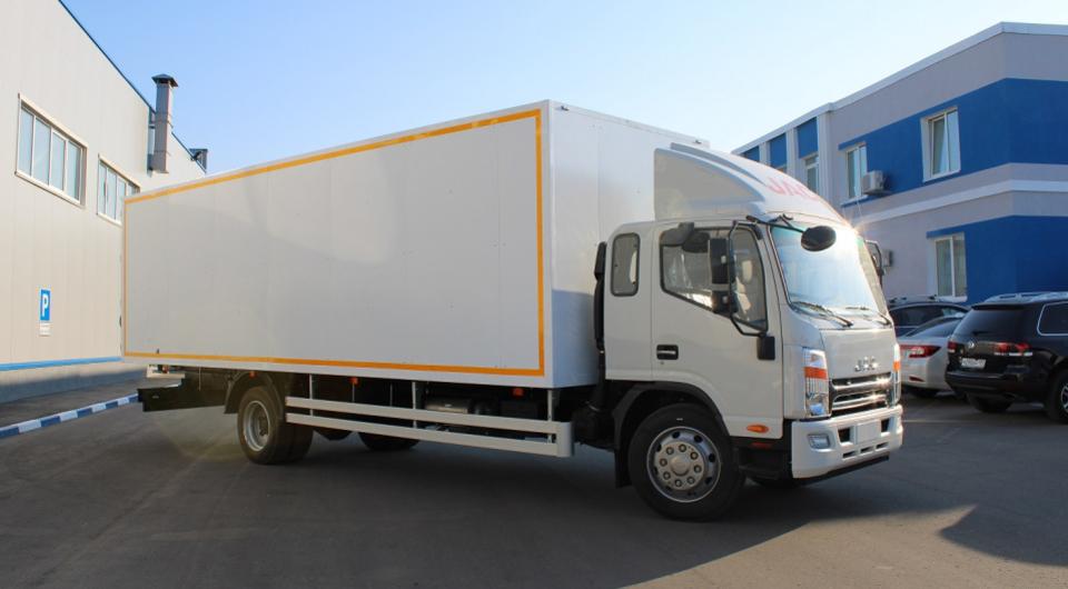 «Луидор Тюнинг»: фургон на длиннобазном JAC N120