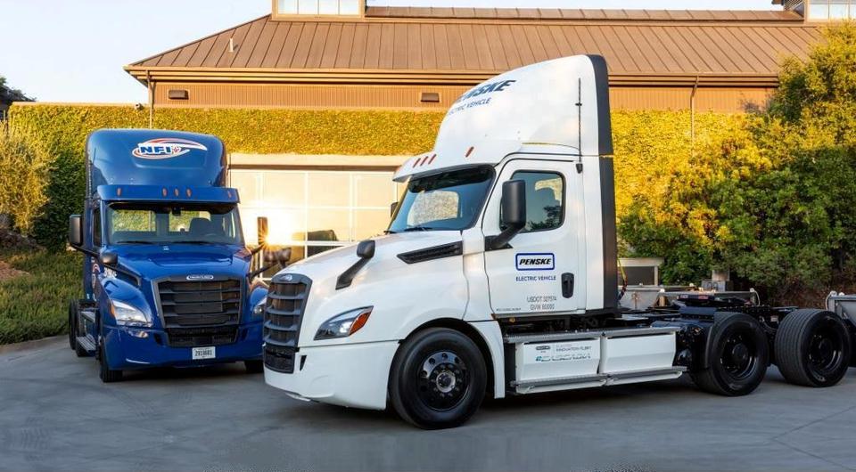 Daimler расширяет тестирование электротраков в Северной Америке