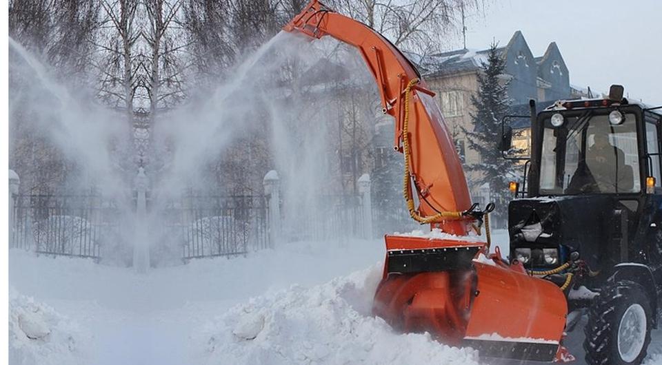 Снегопогрузчик БЕЦЕМА с управляемым вектором выброса снега
