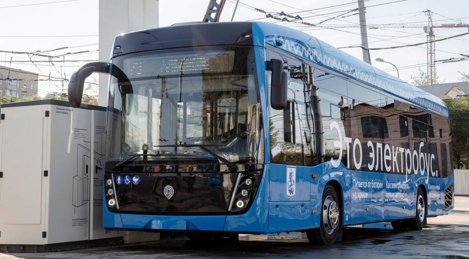 На улицы Москвы вышел 300-й электробус