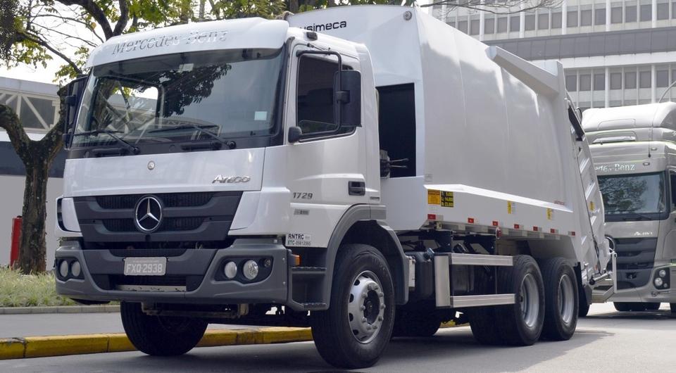Мусоровозы Mercedes-Benz с АКП Allison поставлены в Боготу