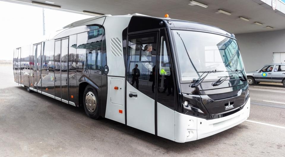 МАЗ-271. Аэропортовый автобус второго поколения