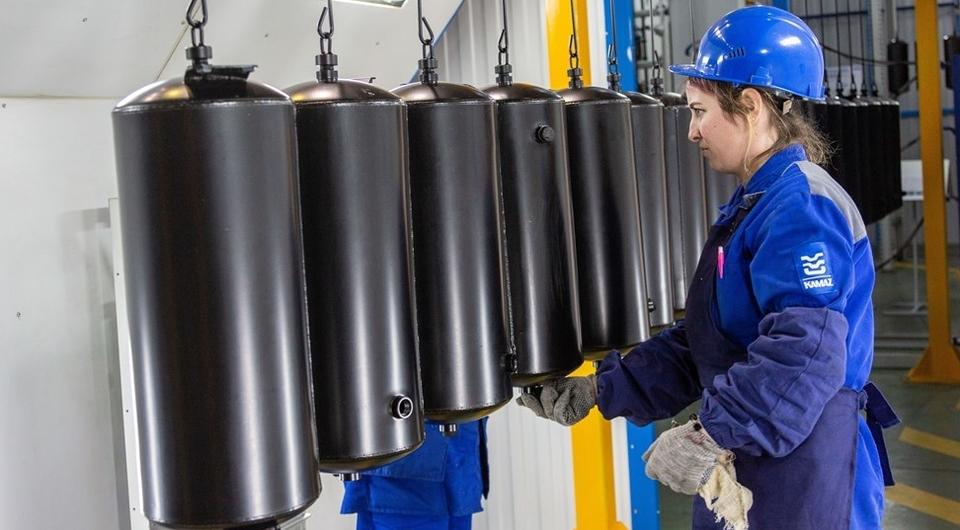 КАМАЗ модернизирует окраску ресиверов