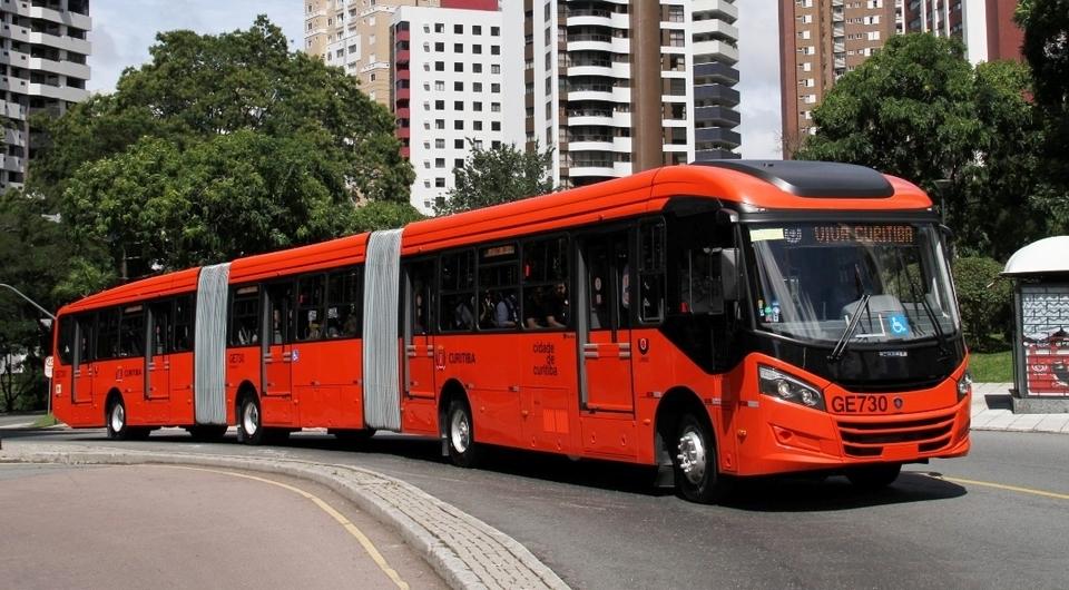 В Бразилии приступили к работе 27-метровые автобусы