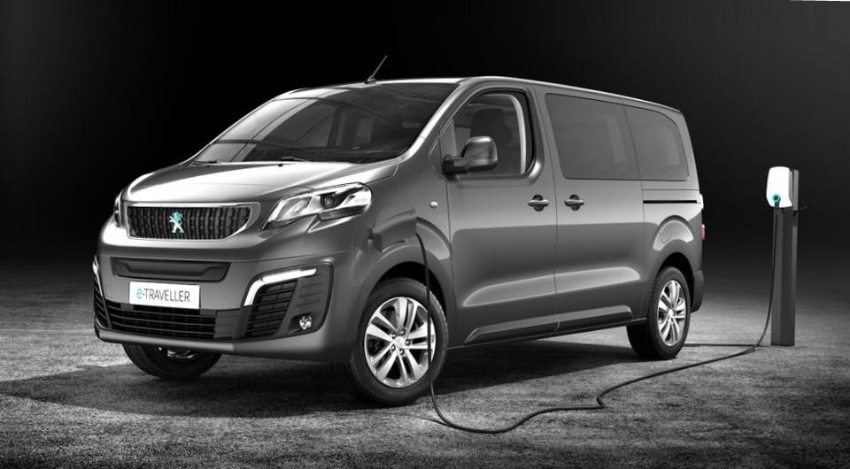 Peugeot вывел в свет электрический e-Traveler
