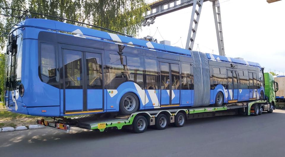 Троллейбусы Vitovt Max II выходят на маршруты Санкт-Петербурга