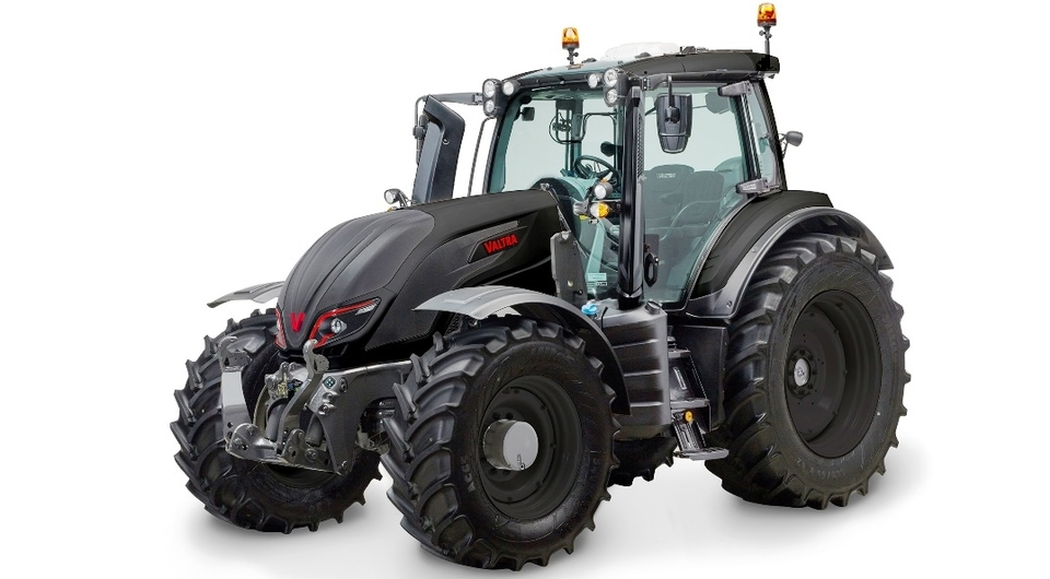 Valtra обновляет тракторы линейки REDLINE