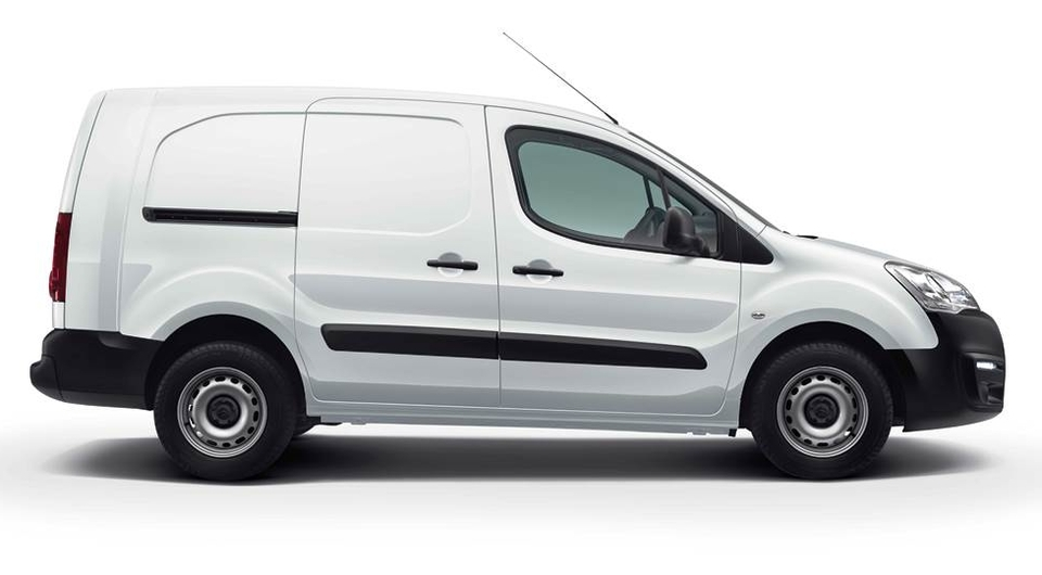 Грузовой Citroen Berlingo II. Цены названы