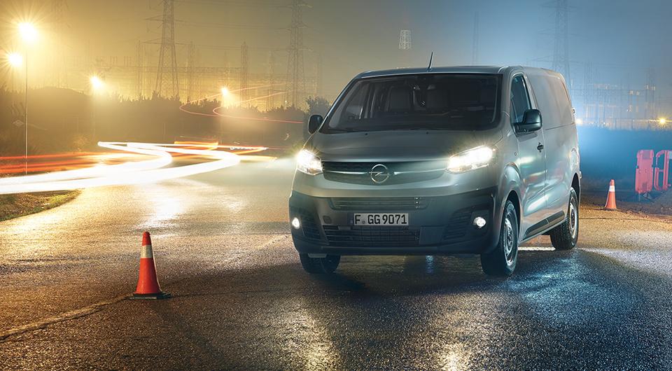 Opel Vivaro предложен с автоматической коробкой передач